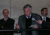 Pokaż powiększenie powyżej: Henryk Zvi Luft podczas spotkani w muzeum w 2005 roku