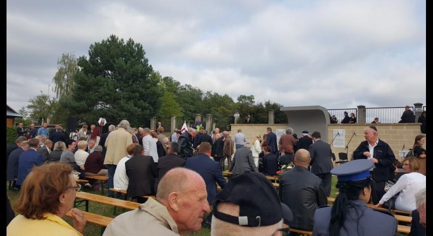 Powiększ obraz: Wizyta członków ziomkostwa Żydów biłgorajskich
