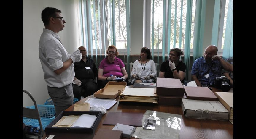"""Powiększ obraz: Międzynarodowa Akademia Letnia """"Auschwitz - History, Memory and Education"""""""