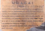 Pokaż powiększenie powyżej: Tablica do baraku przebieralni obozu w Bełżcu
